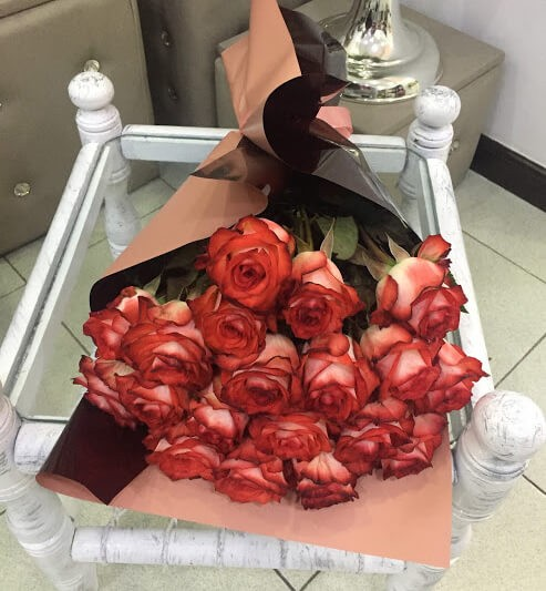 19 Beautiful Roses Gift Wrapped